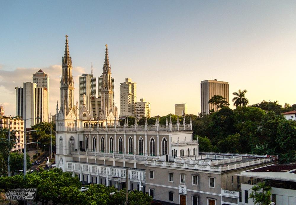 巴拿马公民热线开通中文服务,提高旅游服务质量