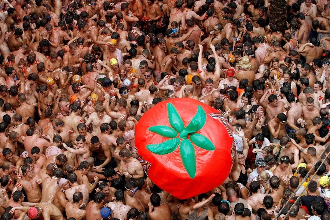 最疯狂的西红柿节又来了!国庆西班牙旅游可以