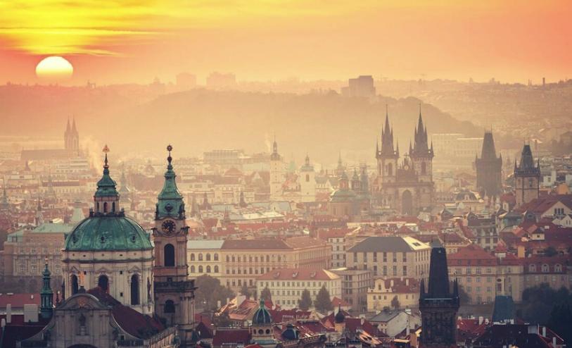 捷克最佳旅游时间_捷克旅游签证攻略全拿走!